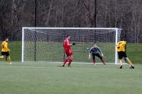 Phil Röttger trifft aus 15 Metern zum 2:0