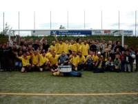 Der TuS 02 feierte 2003 den Aufstieg mit  Trainer Günter Jochheim