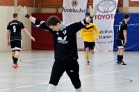 Feldspieler Kevin Norek vertrat die verletzten Willi Lüneburg und Niklas Messler im TuS-Tor