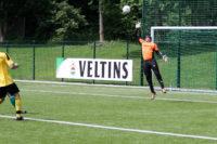 Marcel Linke trifft zum 1:0 für den TuS Bruchhausen.